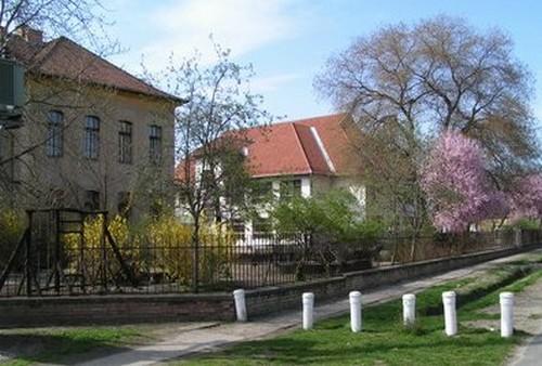 Gyulai Gaál Miklós Iskola